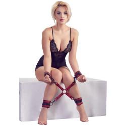 Krzyżak BDSM do krępowania rąk i nóg Bad Kitty